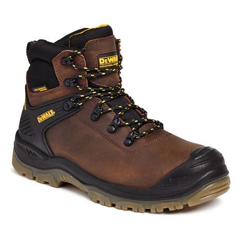 S3 Produk dewalt newark s3 waterproof safety boots