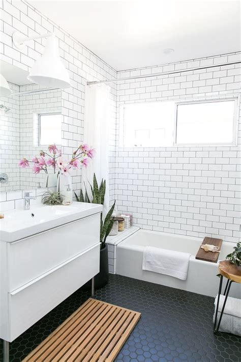 Subway Tile Bathroom Floor Ideas by 33 Chic Subway Tiles Ideas For Bathrooms Digsdigs