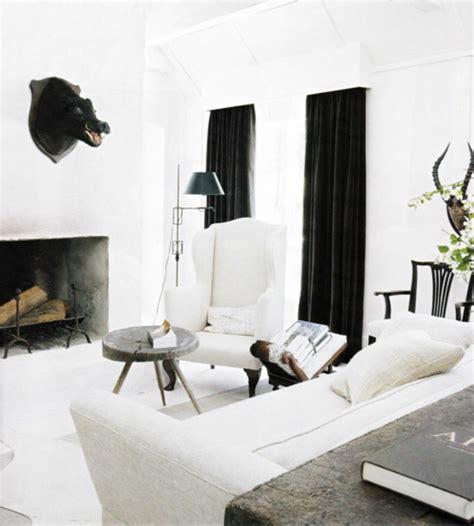 in the white room with black curtains near the station gardinen wohnzimmer ein accessoire mit vielen funktionen