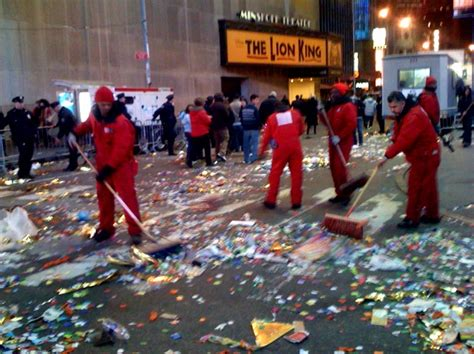 party clean after party workers prep nyc new year s cleanup wfuv