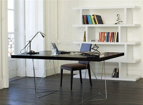 Legless Desk by Computer Tables Creating A Creative Working Atmosphere