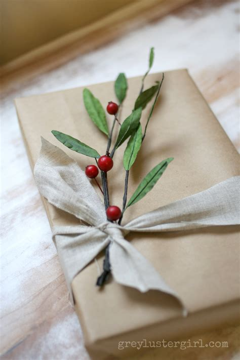 wrapping a gift easy gift wrapping ideas with kraft paper