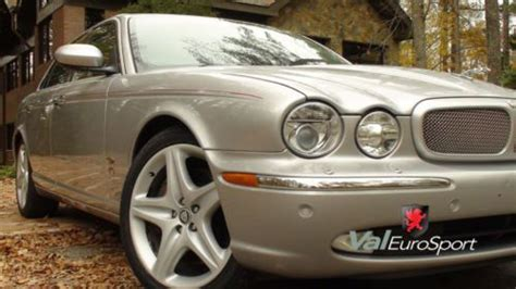 buy used stunning 06 xjr supercharged rear dvd ent xenon
