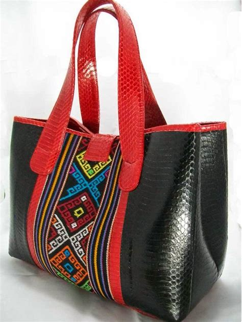 Tas Etnik Wanita Tenun Maumere Kombinasi Kulit Sapi I Minibag 2 etnic tas cantik untuk wanita eksklusif