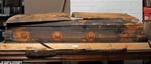 harvey oswald s suing baumgardner funeral home