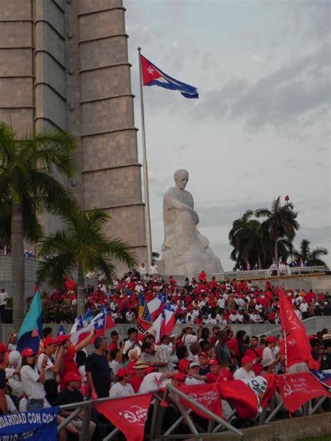 el eco de los el eco de las plazas de un 1ro de mayo fotos video cuba en noticias