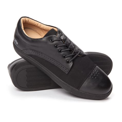 k luvanza 70 000 gram 430g low top perforated toe sneaker black do
