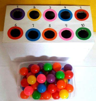 decorar al gusto en ingles un juego con bolas de colores para aprender conceptos