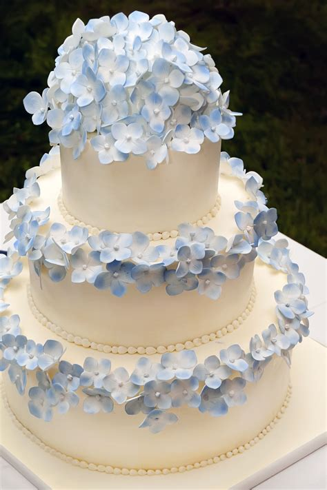 hydrangea cake blue hydrangea cake erica o brien cake design cake blog