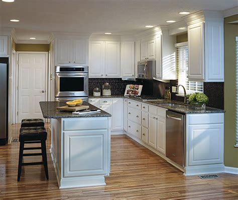 thermofoil kitchen cabinets aristokraft cabinetry