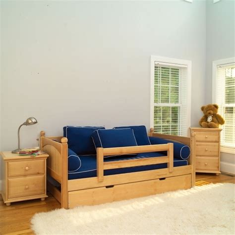 Daybed For Boys Daybed For Boy Room Ikea Hemnes Image 09 Bed Headboards