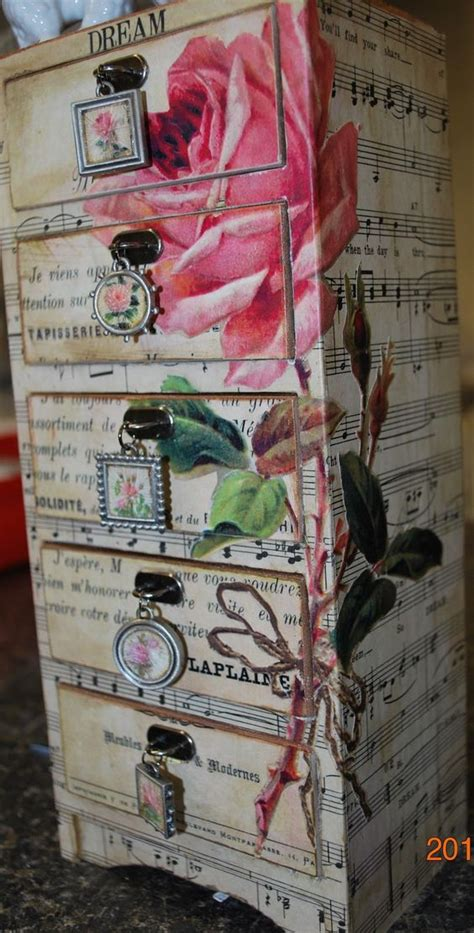 Decoupage Techniques Ideas - 23 furniture ideas and tips decoupage diy decor