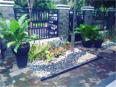 foto desain taman depan rumah 68 desain taman rumah minimalis mungil lahan sempit