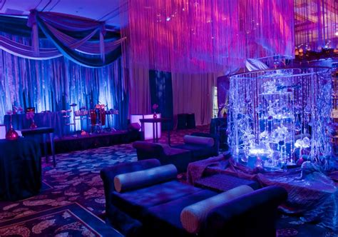 space themed wedding reception idea nerdy wedding ideas in 2019 galaxy wedding celestial