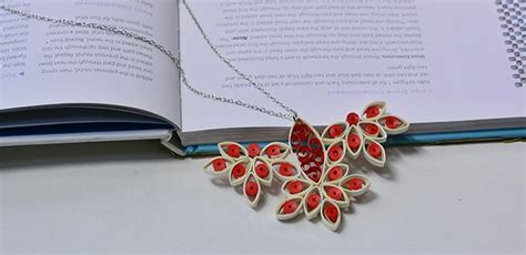 How To Make A Necklace With Paper - pandahall tutorial how to make a quilling paper