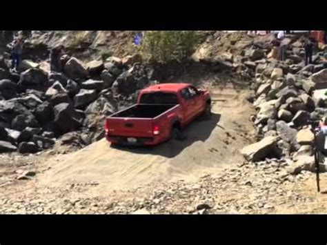 pug crawl chicago 2016 toyota tacoma crawl in sand funnydog tv