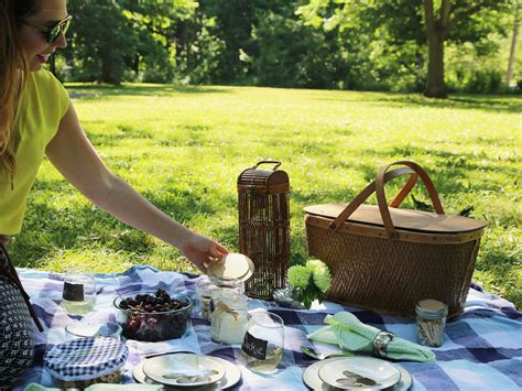 backyard picnic ideas 5 eco friendly outdoor picnic ideas that will reduce waste