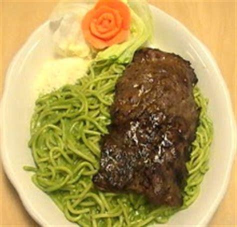 imagenes de tallarines verdes con bistec la hacienda peruana hostel