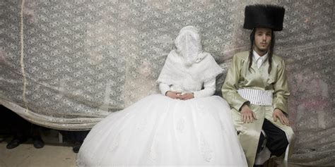 israeli wedding hair 19 stunning pictures of an ultra orthodox jewish wedding