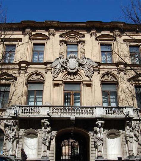 consolato italiano edimburgo che differenza c 232 fra ambasciata e consolato