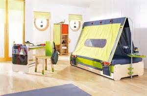 hochbett aus normalem bett bauen fotostrecke kinderbett quot expedition quot schlafen wie im zelt