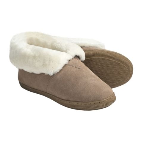 lamo sheepskin slippers slippers review of lamo bootie slippers suede
