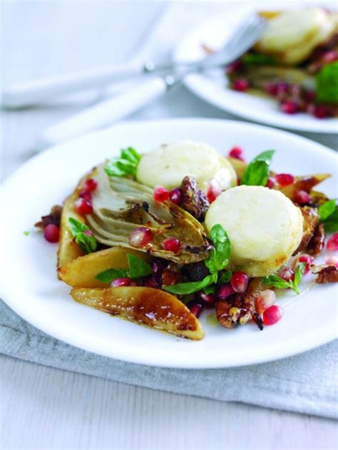 81343 Hello Cut Cheese 100g grilled pear endive and crottin de chavignol toasts with caramelised walnuts pecans