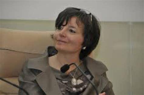 ministro istruzione carrozza il ministro carrozza a reggio quot meno compiti e pi 249 musei