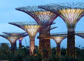 gardens by the bay supertrees of singapore light up