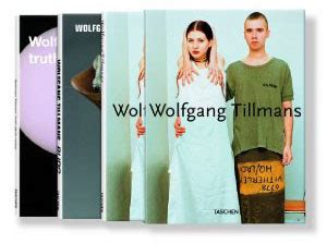 wolfgang tillmans 3836531054 wolfgang tillmans burg truth study center wolfgang tillmans box satellite サテライト