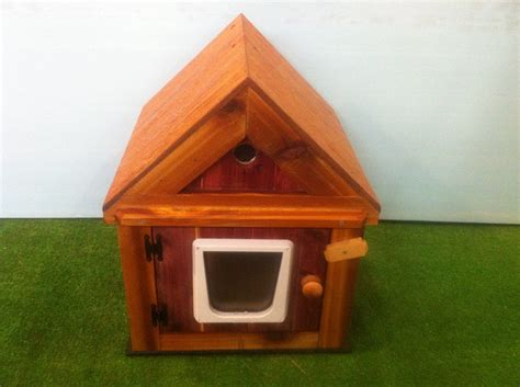 outdoor heated cat house heated cedar outdoor cat house dual heat bed shelter