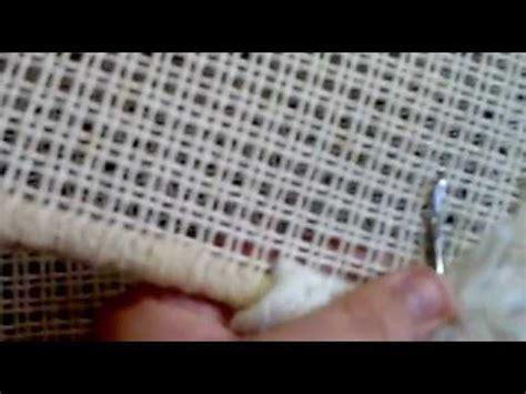 alfombra como se pone la lana en el canamazo youtube