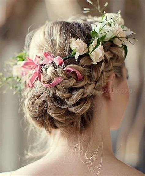 Bridal Hairstyles With Flowers by Floral Hair Pieces For Brides Bridal Hairstyle With