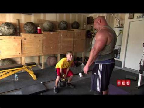 strongest bench press in the world 3 bench press tips from the strongest man in the world