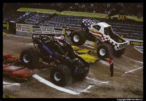 monster truck jam oakland monster jam 2000