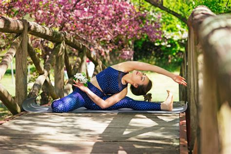 emma watson yoga retreat this diy yoga retreat is everything if you re on a