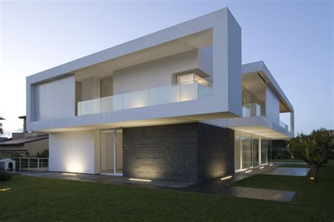 modern minimalist house beautiful houses contemporary minimalist villa design with indoor patio italy floor plans