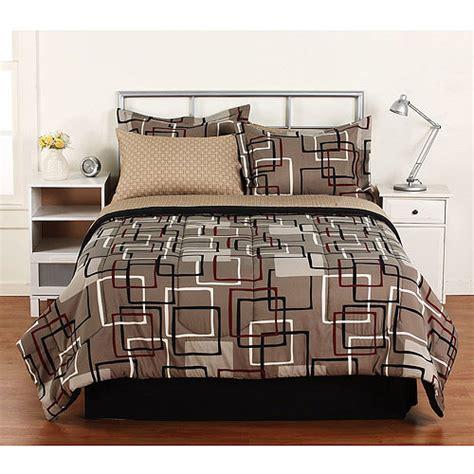 home trends comforter hometrends interlocking bed in a bag bedding set walmart com