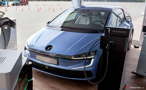 Volkswagen E Golf 2020 by Volkswagen E Previews Design Of 2020 Golf