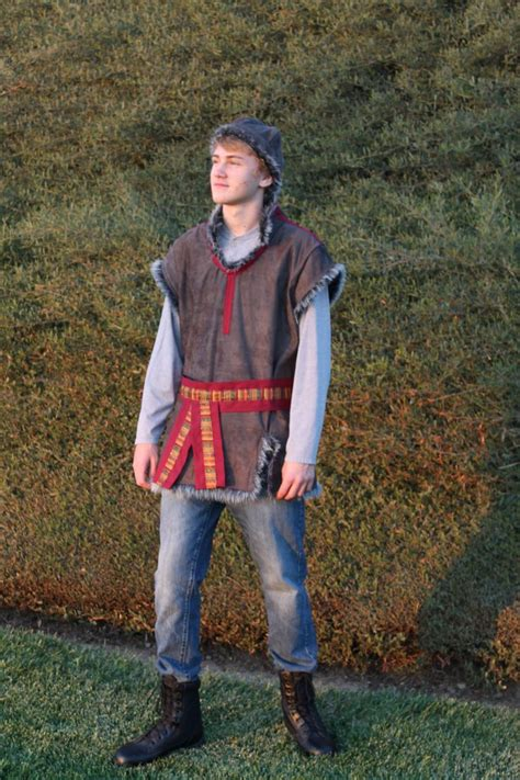 kristoff themed costume  disneys frozen renaissance