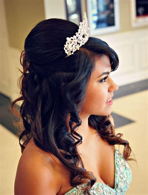 Imagenes Peinados Para 15 Con La Coronita | peinados para jovenes que podr 225 n lucir en diferentes ocasiones