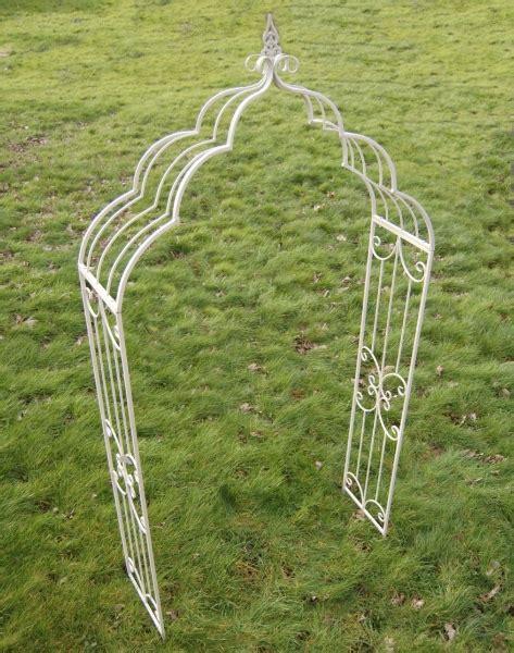 Garden Arch Primrose Vintage Garden Arch In 240cm 163 105 00