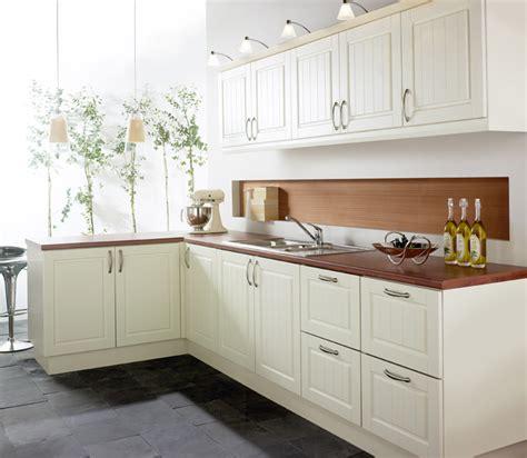ivory shaker kitchens beautiful ivory shaker kitchens