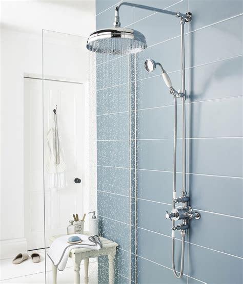 pulire calcare doccia come pulire la doccia