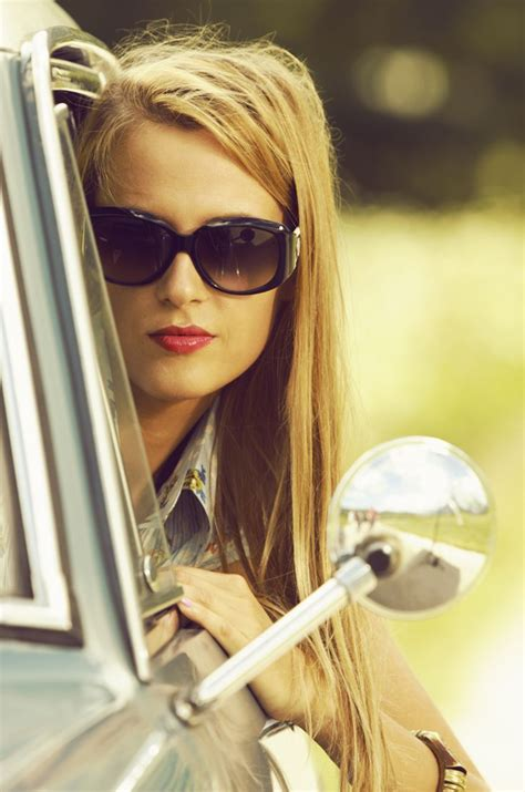 donne al volante divertenti oltre 25 fantastiche idee su donne al volante su
