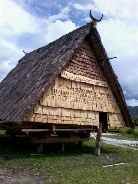 rumah adat tambi sulawesi tengah seputar kesehatan
