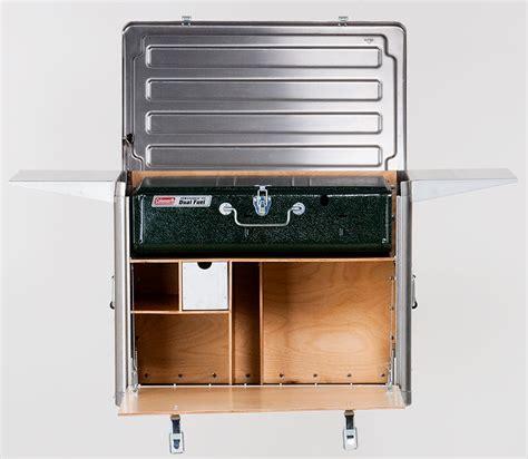 field kitchen  hides  primary cooking equipment