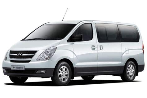 Minivan Hyundai Minibus Amigo Car Rental Aruba
