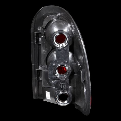 2001 dodge durango tail light assembly 96 03 dodge durango caravan town country voyager tail