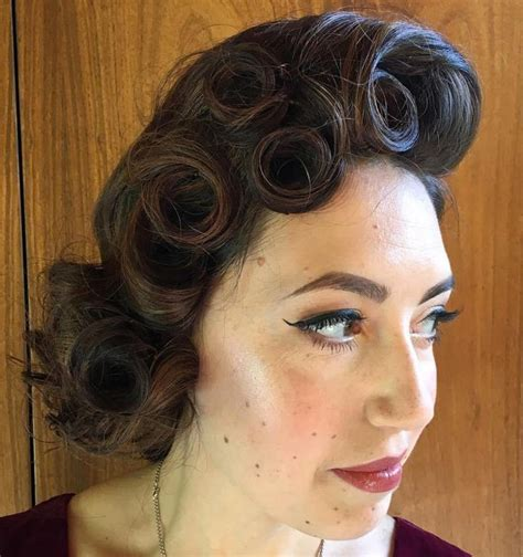 25 best ideas about pin up curls on wedding hair pin ups pin up hairstyles and